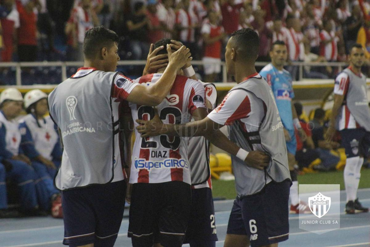 JUNIOR VS CERRO 0.jpg